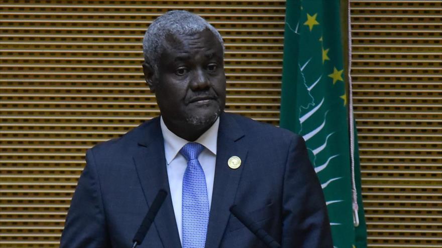 Moussa Faki Mahamat, presidente de Comisaria de la Unión Africana, habla en la 33.ª sesión de este bloque en Adís Abeba, 9 de febrero de 2020. (Foto: AFP)