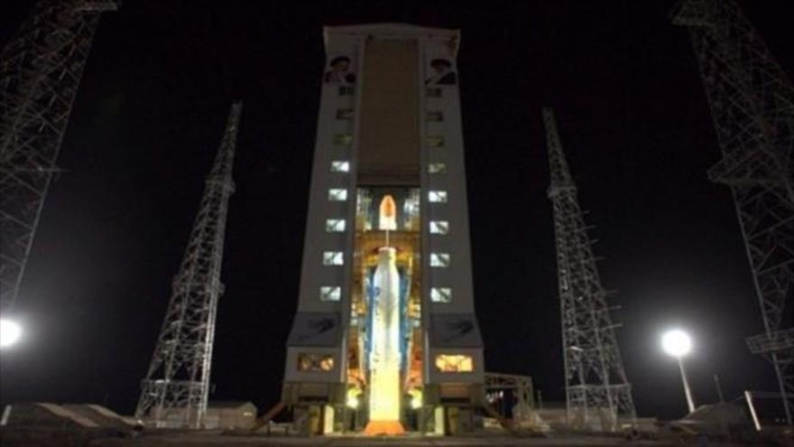 Irán lanza con éxito el satélite de fabricación nacional Zafar