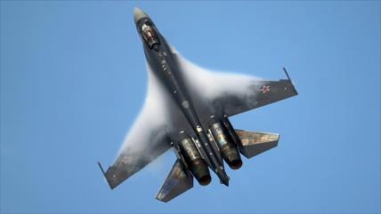 Medios: Caza ruso impide a un F-16 turco entrar en cielo de Siria