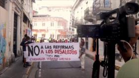 Panameños marchan por una vivienda digna