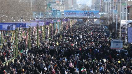 """Iraníes piden """"dura venganza"""" por martirio del general Soleimani"""