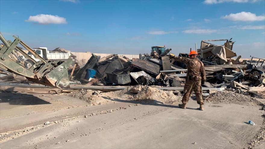 Parte de la base estadounidense de Ain-Al-Asad, destruida por un ataque de misiles iraníes en la provincia de Al-Anbar, Irak.