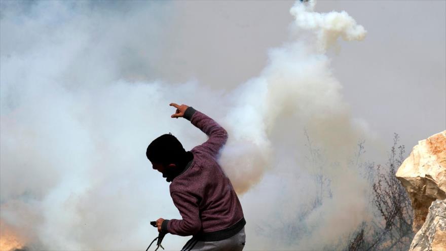 Fuerzas israelíes atacan protestas anti-Trump de los palestinos