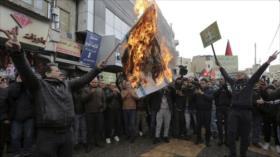 Baréin condena a la cárcel a un joven por quemar la bandera israelí