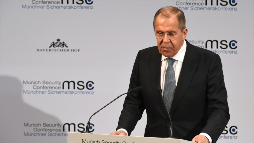 El canciller ruso, Serguéi Lavrov, habla en la Conferencia de Seguridad de Múnich, Alemania, 15 de febrero de 2020. (Foto: AFP)