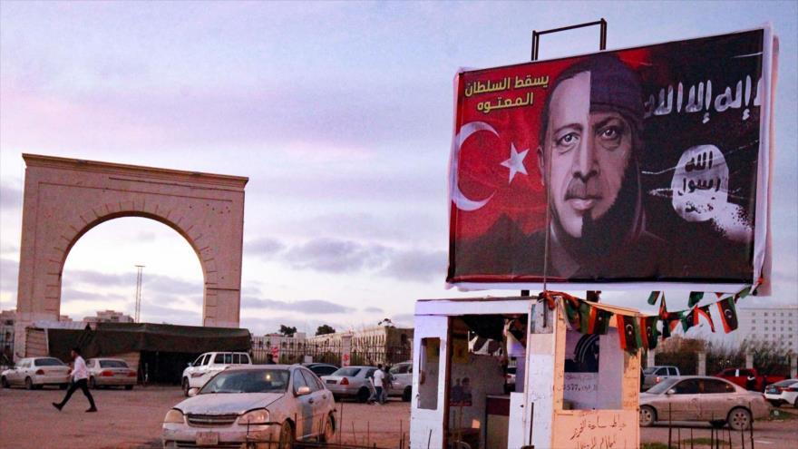 Erdogan pretexta la seguridad para su actual política militarista