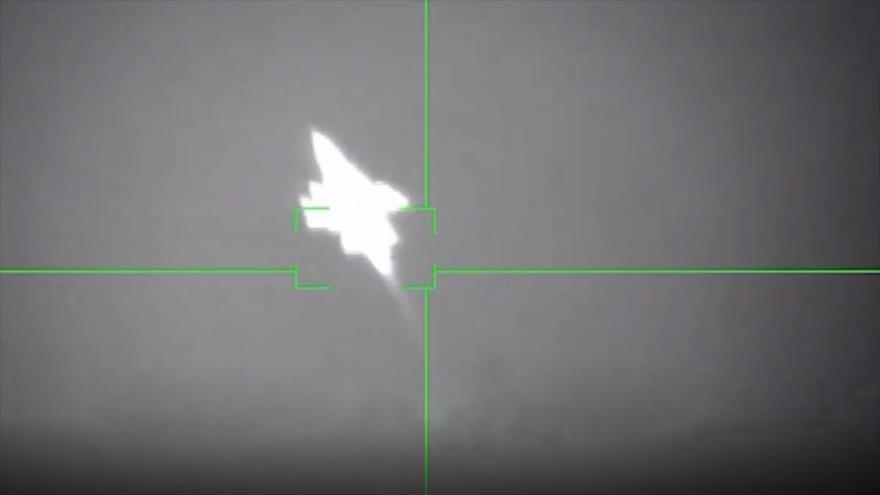 Vídeo capta momento en que misil yemení derriba caza Tornado saudí