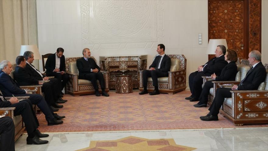 El presidente del Parlamento iraní, Ali Lariyani, se reúne con el presidente sirio, Bashar al-Asad, en Damasco, 16 de febrero de 2020.