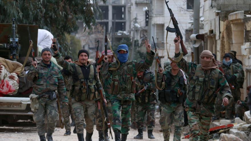 """Ejército sirio celebra su avance por Alepo """"en tiempo récord"""""""