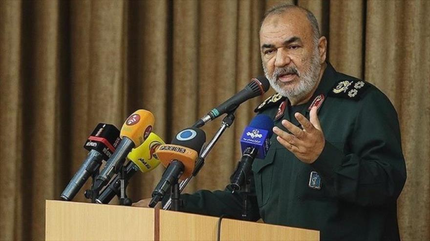 """Salami: Irán """"destruyó la grandeza"""" de EEUU al atacar su base en Irak"""