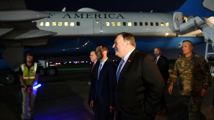 El secretario de Estado de EE.UU., Mike Pompeo, a su llegada al aeropuerto internacional de Bagdad, la capital iraquí, 9 de enero de 2019. (Foto: AFP)