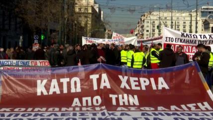 Griegos inician huelga contra reforma de pensiones del Gobierno