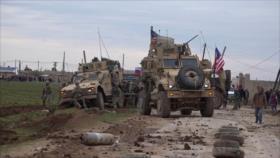 Vídeo: EEUU hace salir de pista a carro militar ruso en Siria