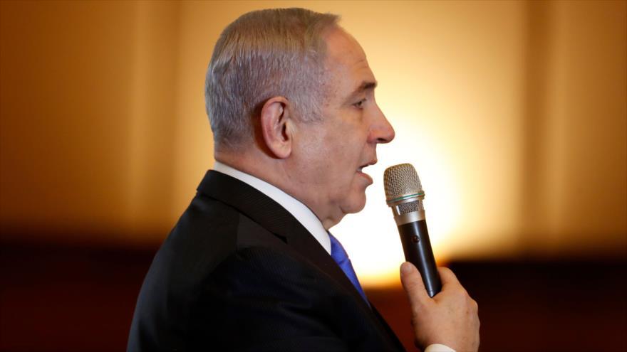 El premier en funciones de Israel, Benjamín Netanyahu, ofrece un discurso en Al-Quds (Jerusalén), 16 de febrero de 2020. (Foto: AFP)