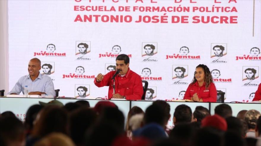 """Chavismo durará """"mil años"""" mientras haya """"imbéciles"""" como Guaidó"""
