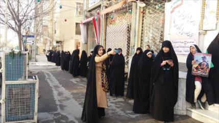 Arrancan las elecciones legislativas en Irán
