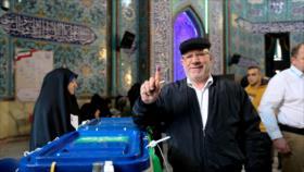 Comandante iraní: Cada voto es una bofetada en la cara del enemigo