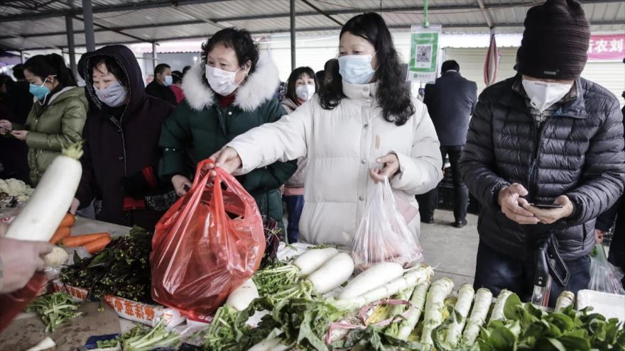 Nuevo balance: China reporta 2345 muertos por coronavirus