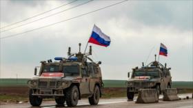 Militares rusos patrullan noreste de Siria, fronterizo con Turquía