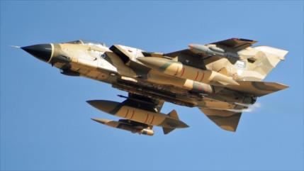Yemen repele ataque de un caza saudí a la capital y lo obliga a huir