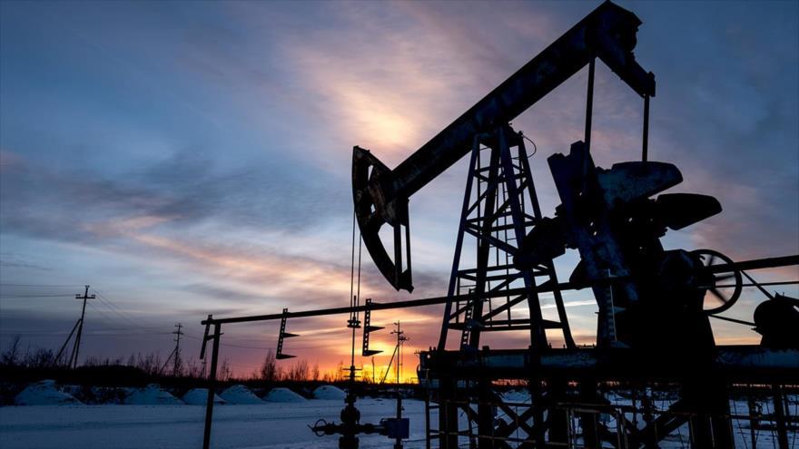 Precios del petróleo se desploman un 4 % por temor al coronavirus   HISPANTV