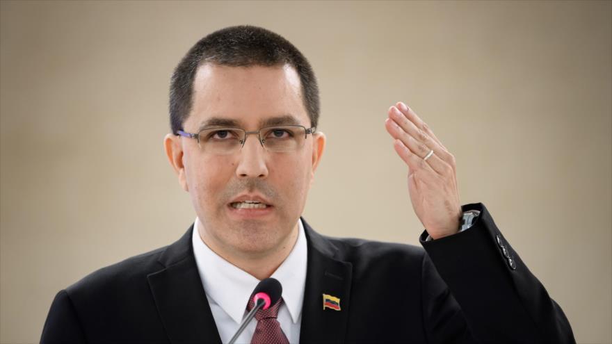 El canciller venezolano, Jorge Arreaza, habla en la sesión anual del Consejo de Derechos Humanos de la ONU en Suiza. 25 de febrero de 2020. (Foto: AFP)