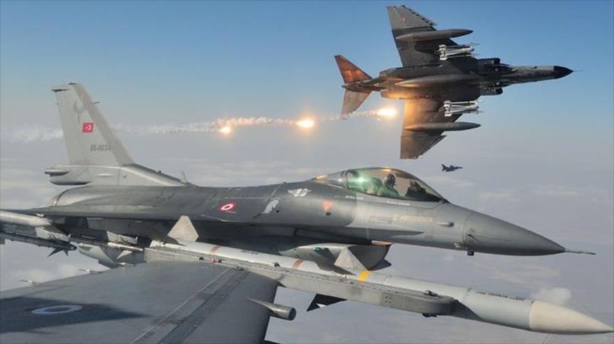 Vídeo: Turquía bombardea varias posiciones del Ejército de Siria