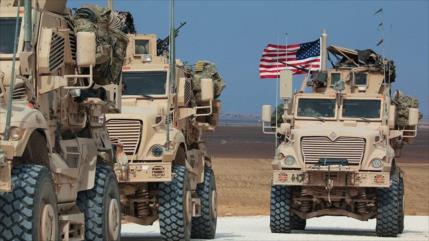 Siria frena paso de convoy de EEUU y civiles lo atacan con piedras