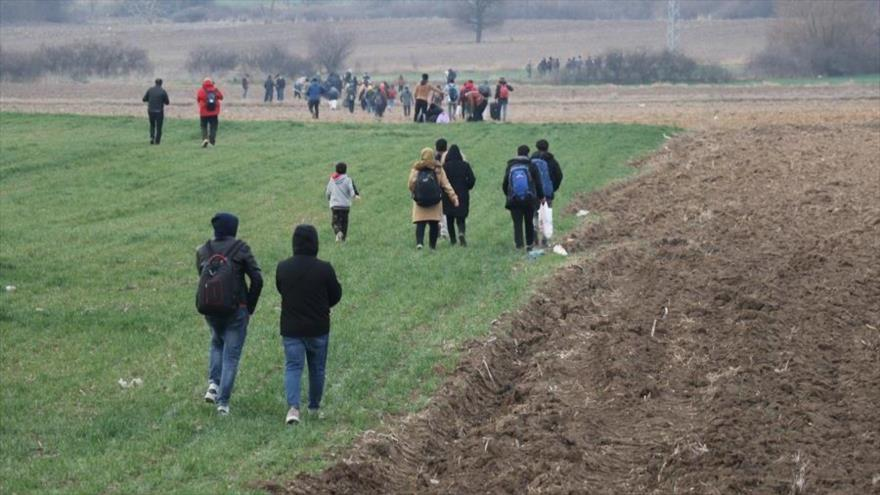 Turquía desafía a Europa por Idlib y abre paso a refugiados