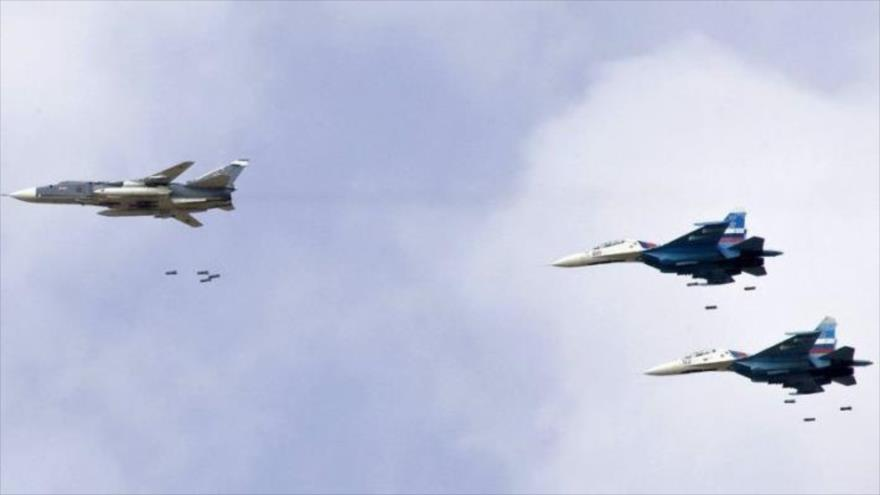 Aviones de combate de la Fuerza Aérea rusa durante una operación.