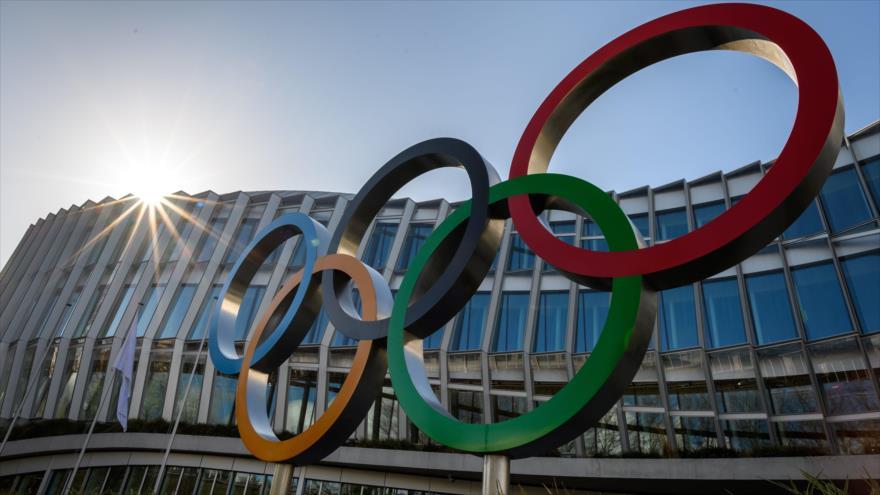 Los anillos olímpicos en la sede del Comité Olímpico Internacional (COI) en Lausana, Suiza, 3 de marzo de 2020. (Foto: AFP)