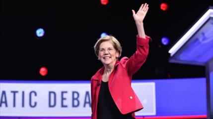 Elizabeth Warren se retira de la carrera presidencial a la Casa Blanca