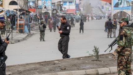 Vídeo: Hombres armados atacan un acto político en Kabul