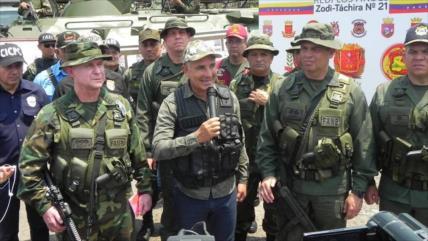Vídeo: Venezuela incauta explosivos a banda aliada a Guaidó