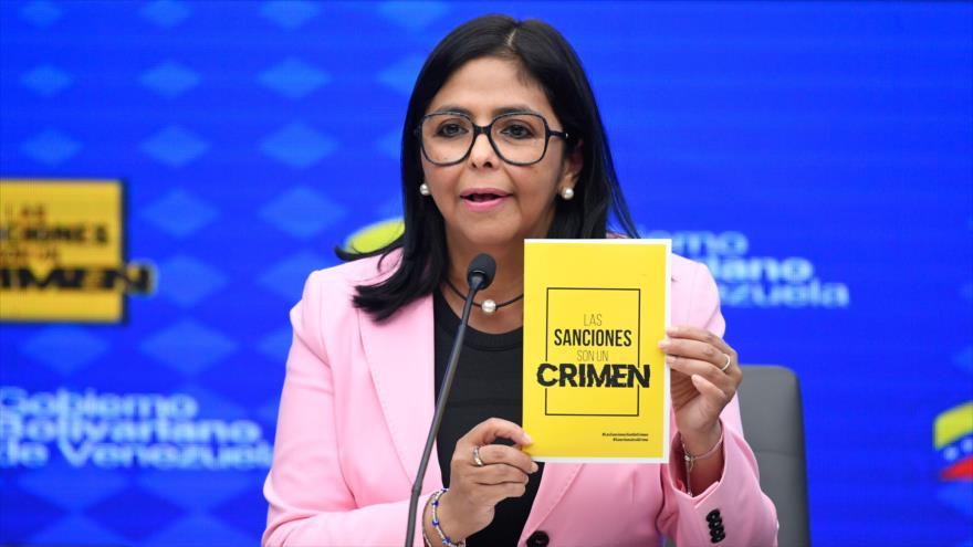 """Venezuela denuncia sanciones de EEUU y las califica de """"crimen"""""""