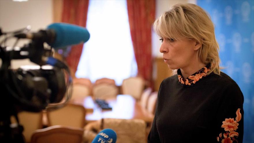 La portavoz de la Cancillería de Rusia, María Zajárova, durante una entrevista en Moscú, la capital rusa, 14 de marzo de 2018. (Foto: AFP)