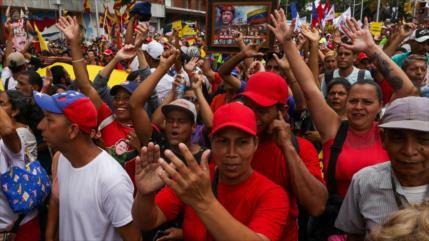 Venezolanos marchan en apoyo a Maduro y a la Revolución Bolivariana