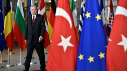 Erdogan amenaza a Siria con lanzar un ataque más severo en Idlib