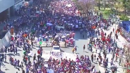 AMLO: El movimiento feminista en México fue pacífico