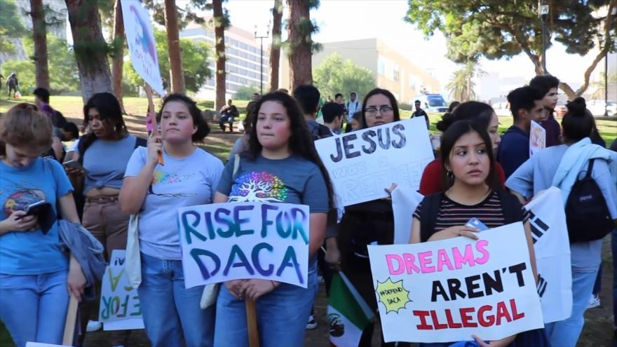 Senadores de EEUU proponen proteger a 'dreamers' si eliminan DACA