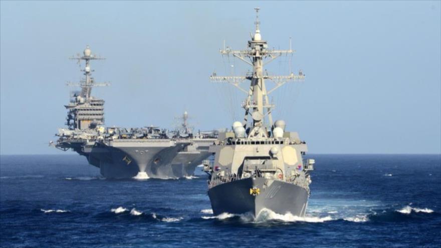 Portaviones estadounidense USS John C. Stennis en camino hacia el mar de la China Meridional.