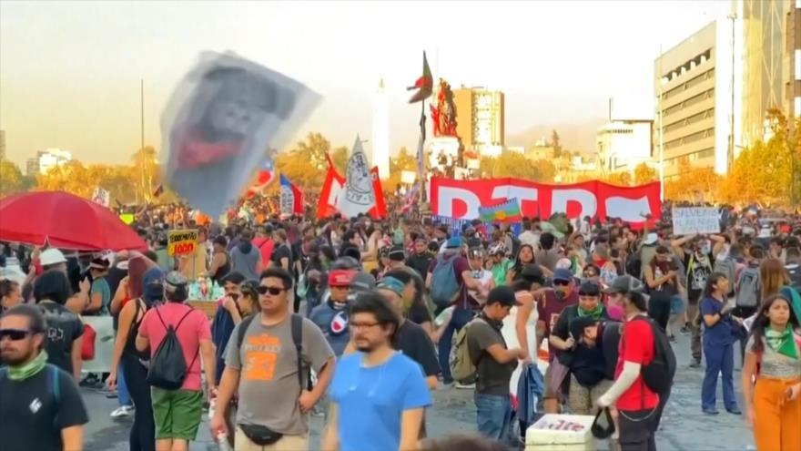 Chilenos siguen manifestándose contra Sebastían Piñera | HISPANTV