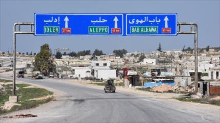 Siria elimina puestos turcos para reabrir una carretera tras 8 años