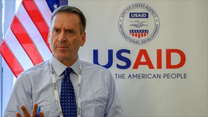 Jefe de USAID dimite en medio de crisis por el coronavirus en EEUU