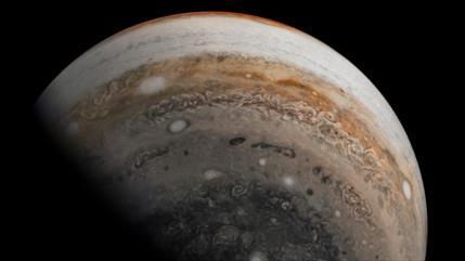 "Vídeo: Vean imágenes ultragrán angular de Júpiter ""de norte a sur"""