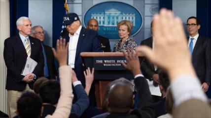 Mayoría en EEUU desaprueba gestión de Trump ante brote de COVID-19