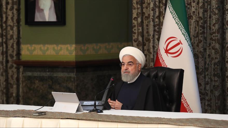 El presidente de Irán, Hasan Rohani, en una reunión del comiténacional de la lucha contra el nuevocoronavirus, Teherán, 16 de marzo de 2020. (Foto: president.ir)
