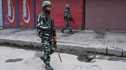 Fuerzas indias matan a tiros a 4 jóvenes musulmanes en Cachemira
