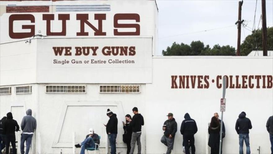 Crece venta de armas en EEUU ante posible desorden público por COVID-19