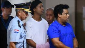 Ronaldinho es investigado también por lavado de dinero en Paraguay